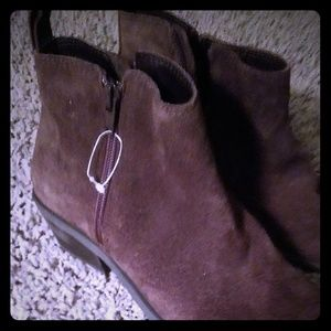 Shoes - Suede Brown Booties
